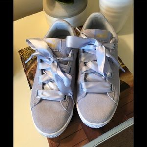 PUMA gray suede sneakers, tennis shoes